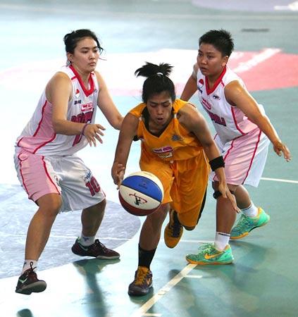 Marina pemain Tangguh dari club Tomang Sakti MightyBees jakarta