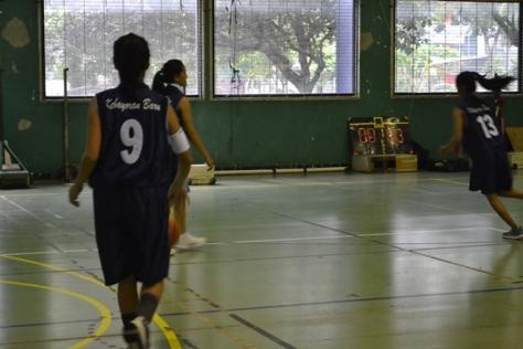Natadya Putri sedang berlatih