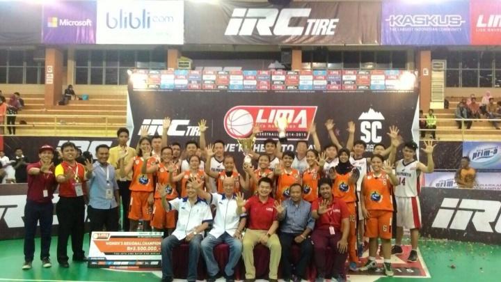 Para Pemenang dan panitia di IRC Tire Sumatera Conference