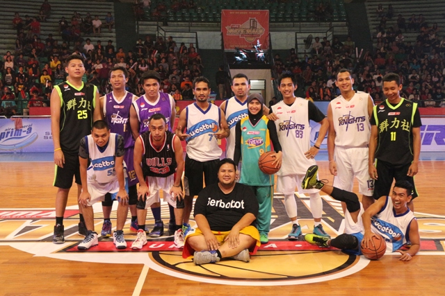 Raisa bersama Stweetball dan All Star LIMA Nationals