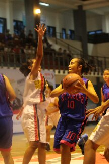 Dietya Yefa Under basket
