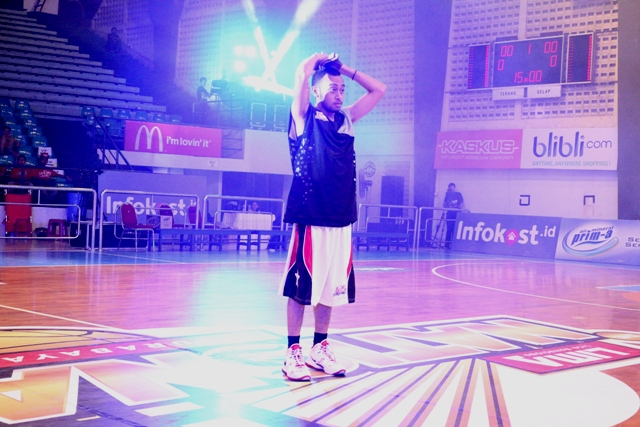 Rico Haleluya sebagai Guest Star di LIMA National 2015 Surabaya