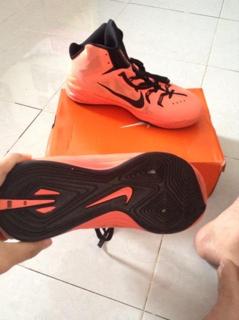 Nike Hyperdunk 2014 tampak solnya