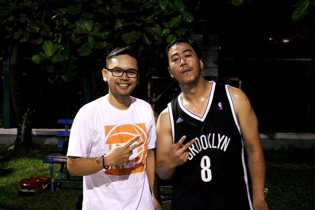Founder Monday Stweetball Pandji (Kanan) saat di Monday Stweetball