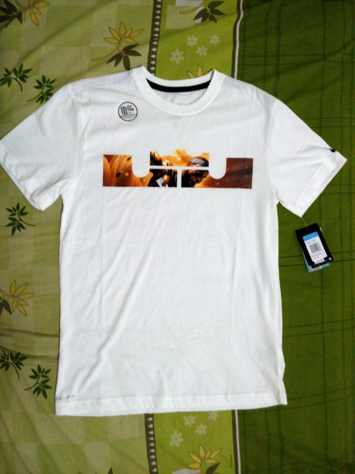 T-Shirt AS Lebron LOGO Tee (Original) Tampak full