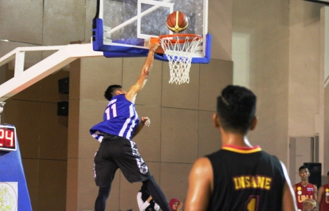 Surliyadin one hand dunk ke ring Streetballers