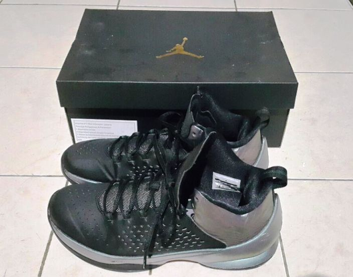 Air Jordan Melo M11 with box