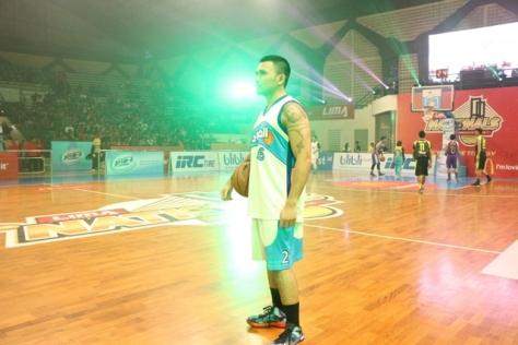Roy Ricardo saat menjadi bintang tamu bersama team Stweetball di final LIMA Surabaya 2015