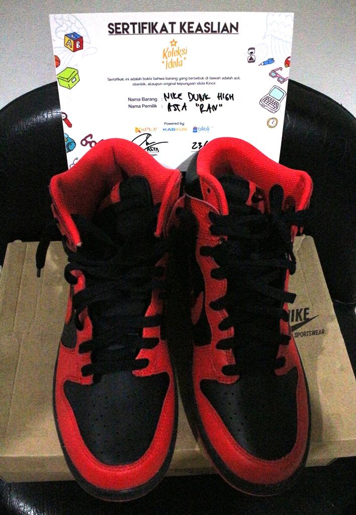 Nike Dunk High ex Asta RAN tampak depan dan atas