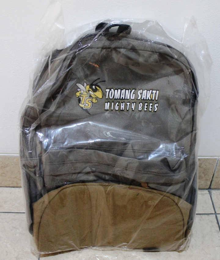 Tas Backpack Tomsak harga Rp. 95.000,-