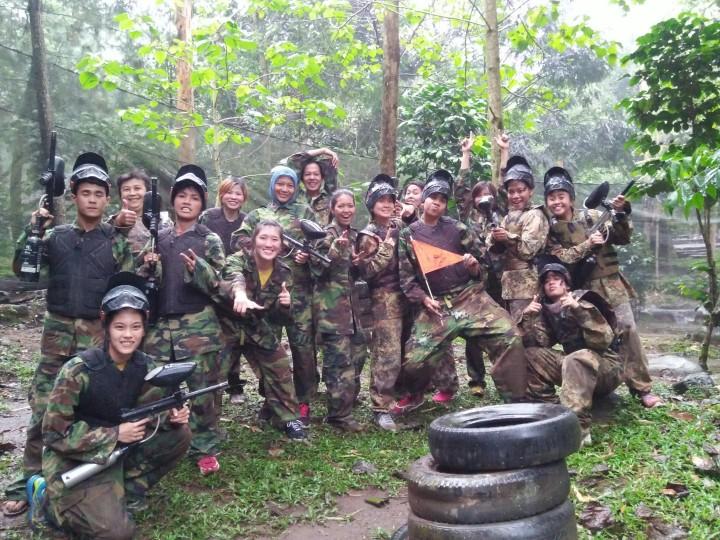 Keseruan Team Fever saat Rafting dan Paintball di Gunung Puntang Bandung